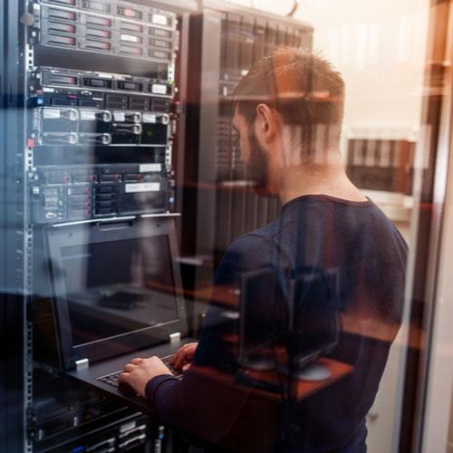 Real-World Cloud Cybersecurity Scenarios + ' Icon'